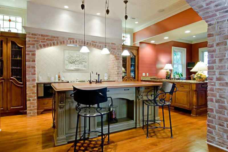 Luxurious Tuscan-style kitchen remodel